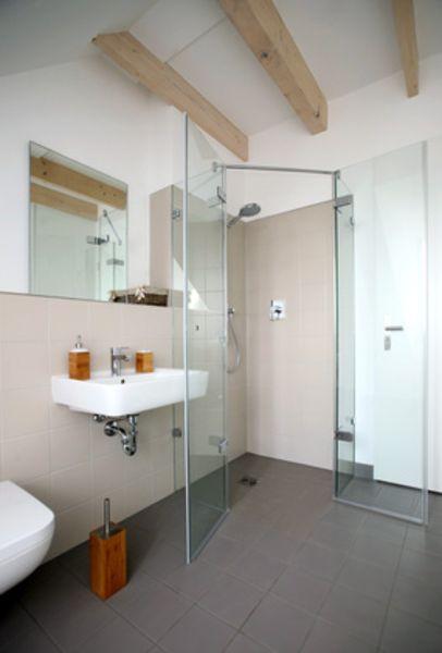 ... Hebebühne, Motorische Türöffnungshilfe) Sowie Ein  Und Umbauten Für Ein  Seniorengerechtes Bad. Dazu Zählen Beispielsweise Tragfähige Wände Zur  Montage ...